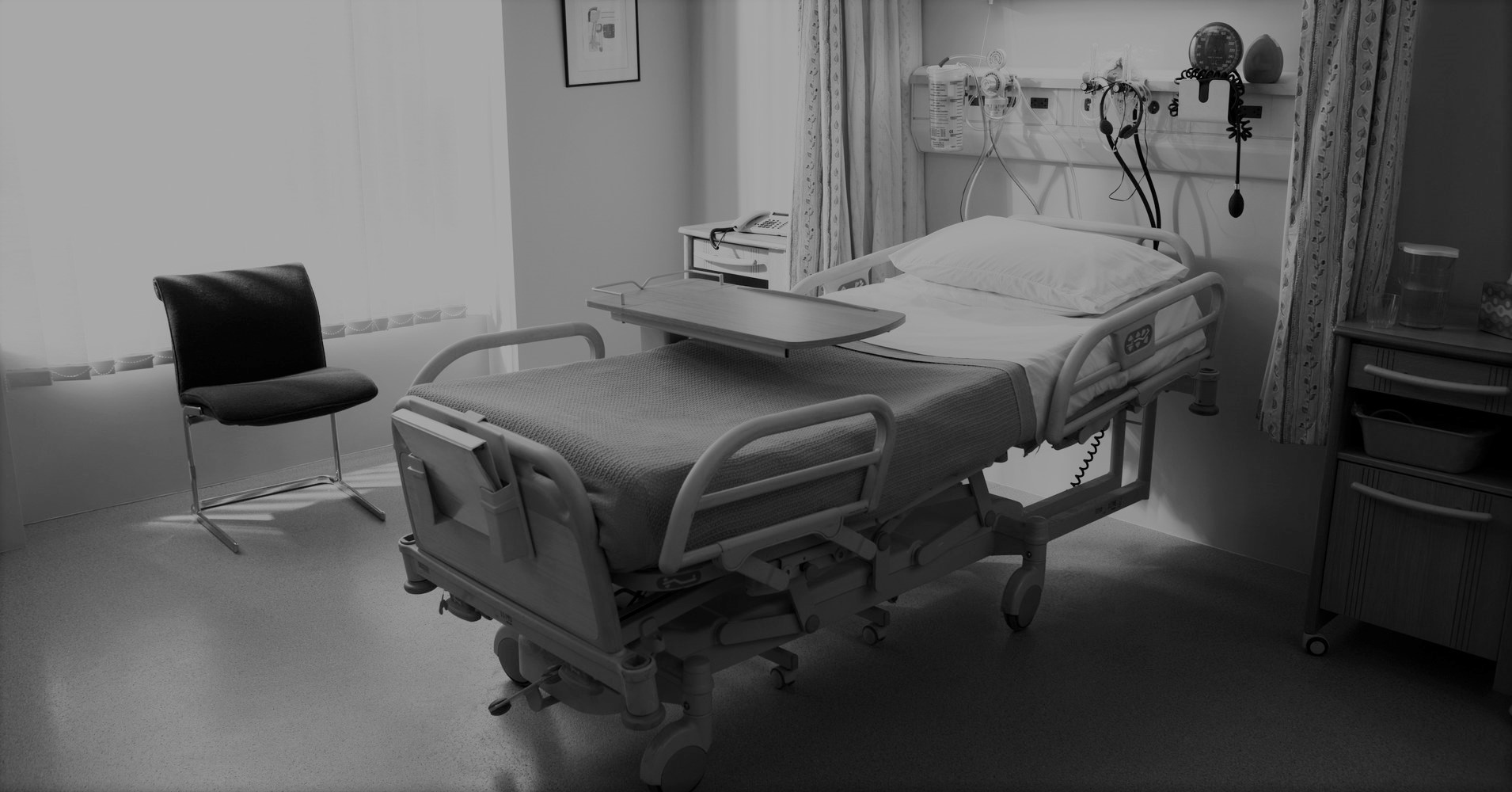 به ازای هر ٥٠٨ نفر یک تخت بیمارستانی ثابت در کشور وجود دارد